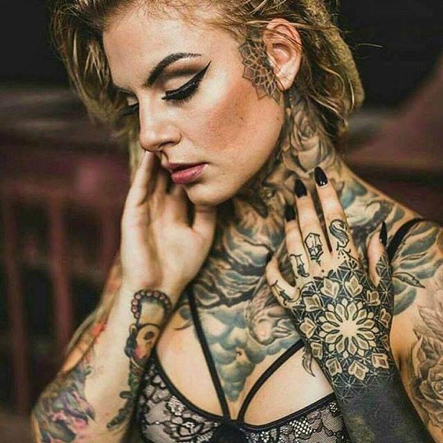 Foto Gambar Tatto Terbaru Ditubuh Wanita Paling Oke Dan