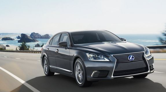 2017 Lexus LS 460 Review