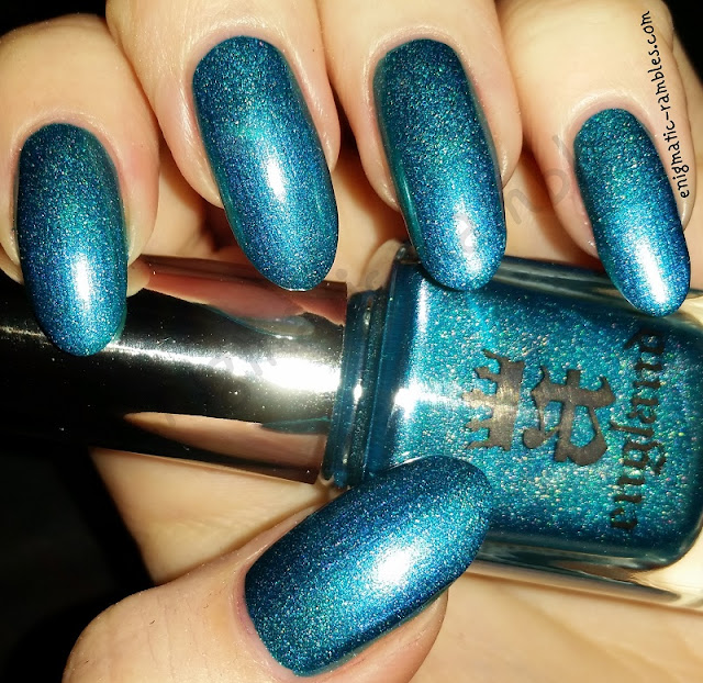 Swatch-A-England-Whispering-Waves-Turquoise-Holo-Holographic