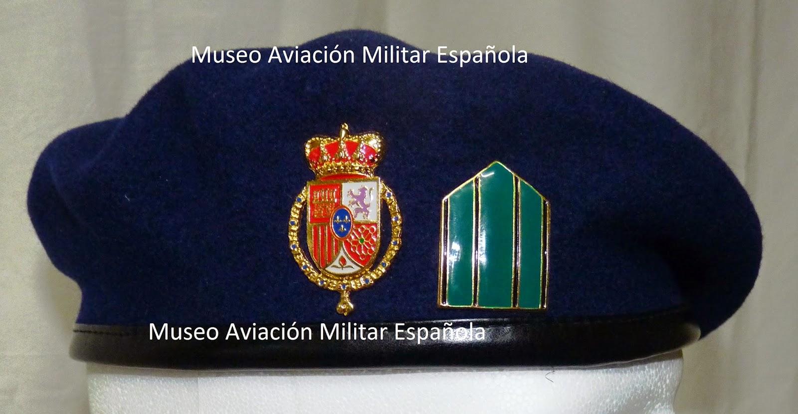 49e4ceef2f5d7 MUSEO AVIACION MILITAR ESPAÑOLA  BOINA DE LA GUARDIA REAL DE S.M. ...