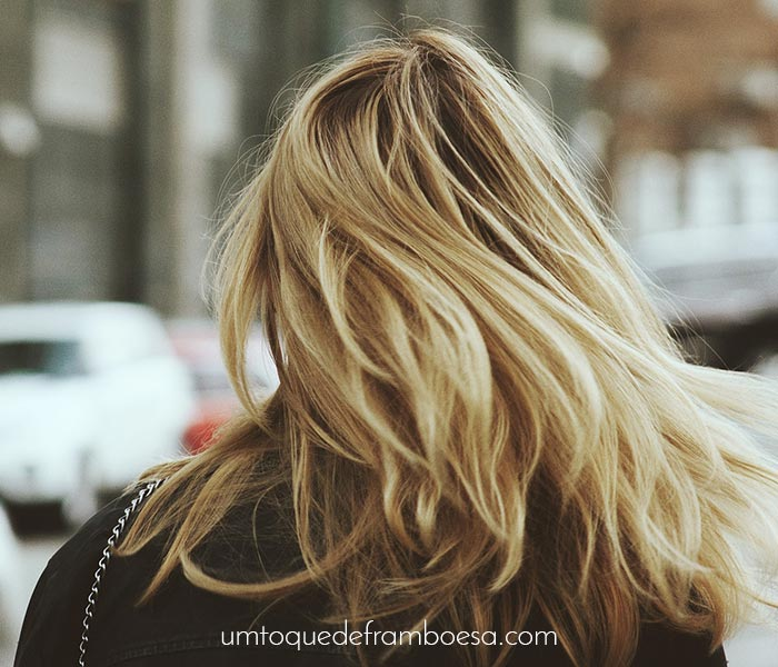 Veja dicas de como manter os cabelos saudáveis economizando