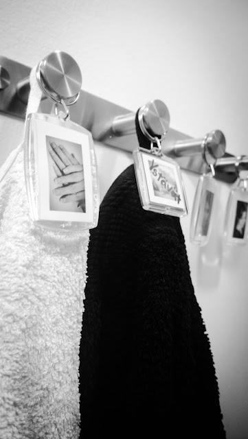 Saippuakuplia olohuoneessa- blogi, Kuva Hanna Poikkilehto, wc, nimikyltit, sisustus, koti, diy