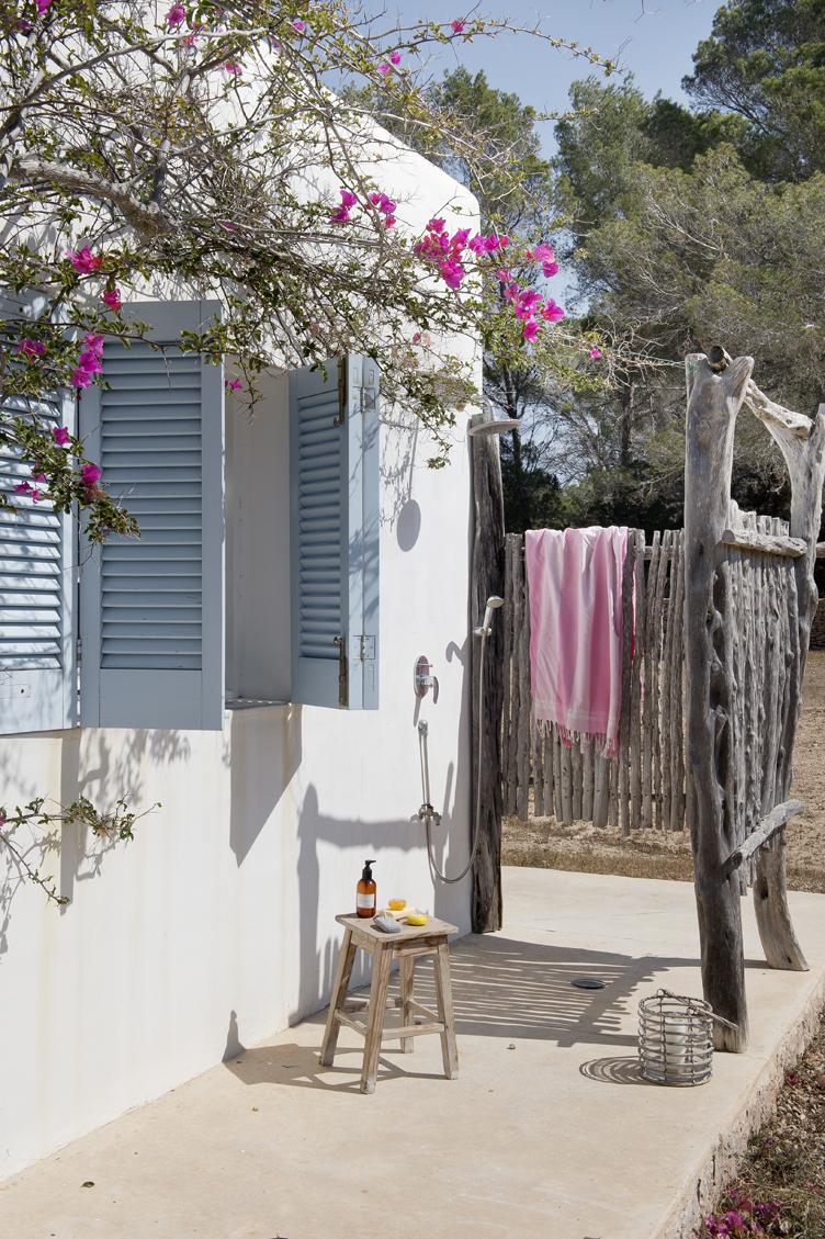 Lila and cloe casa manuel formentera for Casas especiales