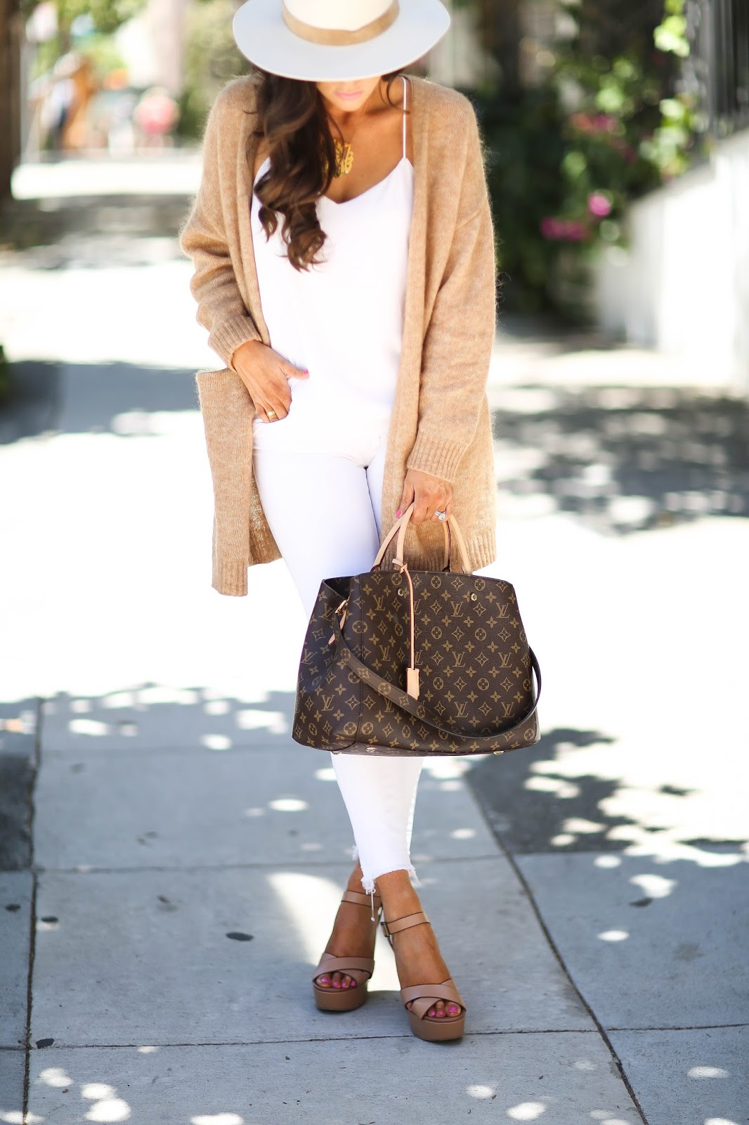 """01da63c283e 36 thoughts on """"5 Ways To Style All White"""""""
