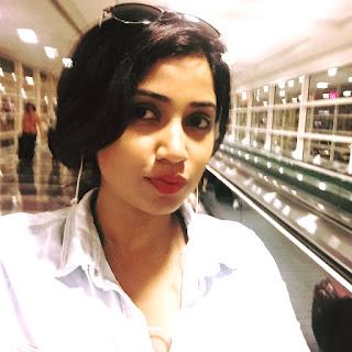 Shreya Ghoshal Indian Singer Kissing Photos