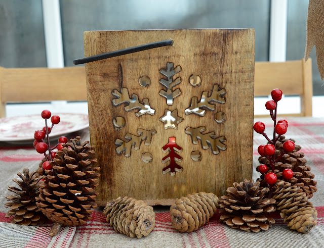 How to host an AWESOME North Pole Christmas Breakfast including tableware from TK Maxx, food ideas and table printables - Festive Wooden Candle Holder TK Maxx