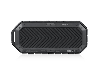 HomeSpot Rugged Waterproof Bluetooth Speaker