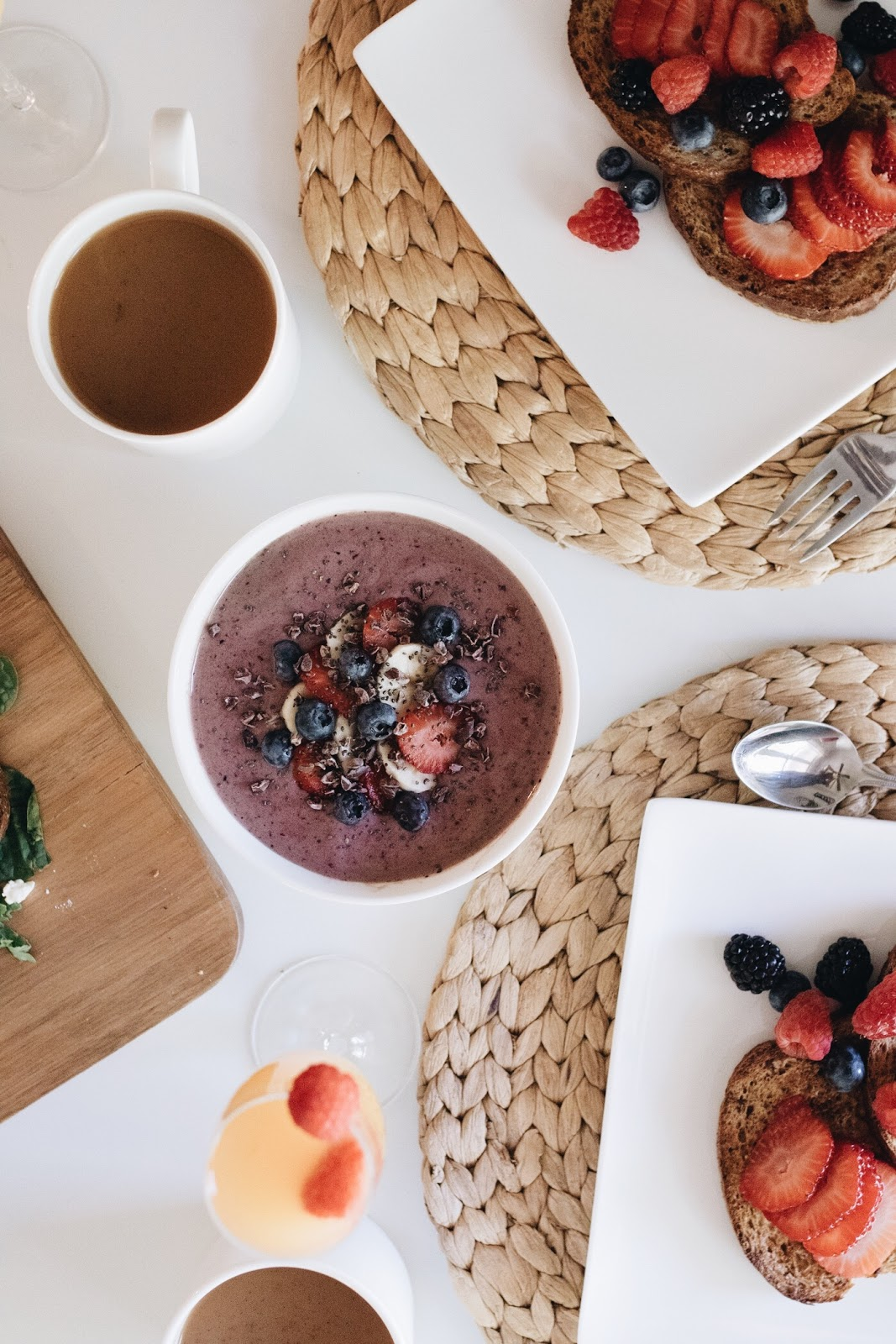 berry + protein smoothie bowl