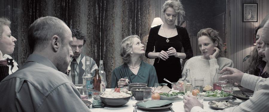 Ideały a rzeczywistość – recenzja filmu <i>Zjednoczone stany miłości</i> (2016)
