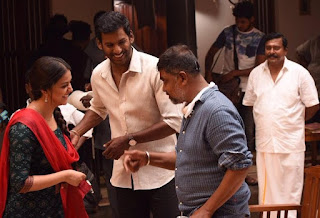 Keerthy Suresh with Vishal and Lingusamy from Pandem Kodi 2 Shooting Spot Images