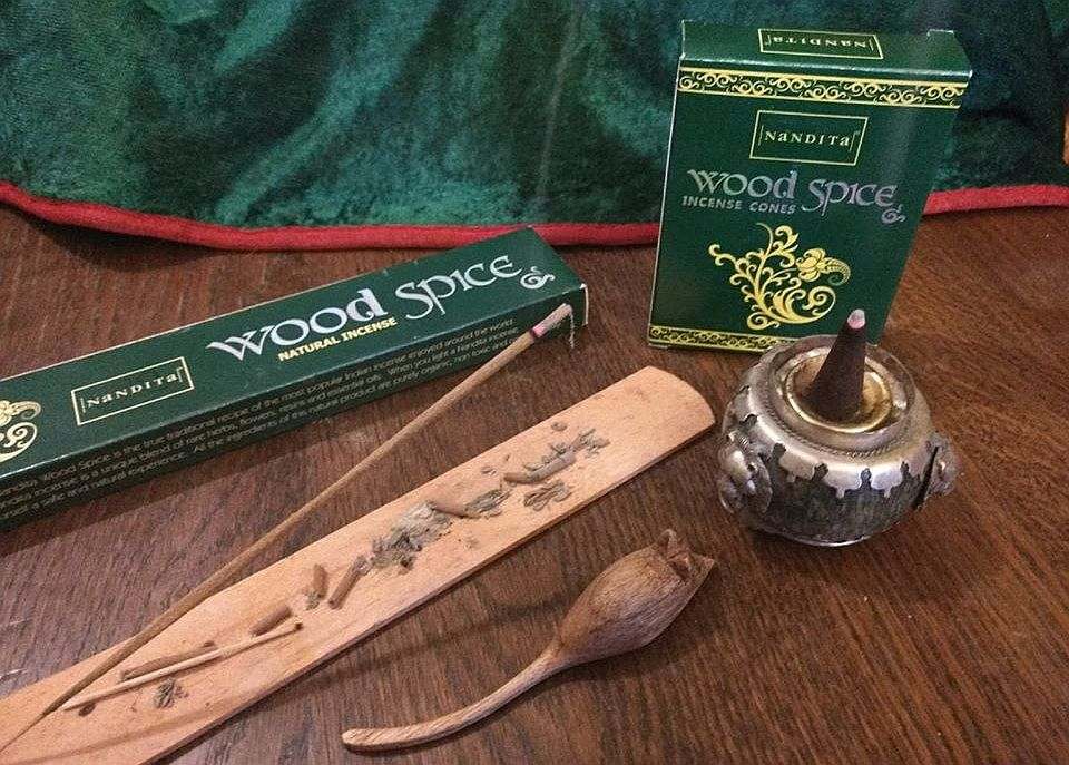I Like Nanditas Wood Spice Natural Incense Sticks One Of My Favourite Incenses And Has Been For Some Years So Was Interested To Try The Cones