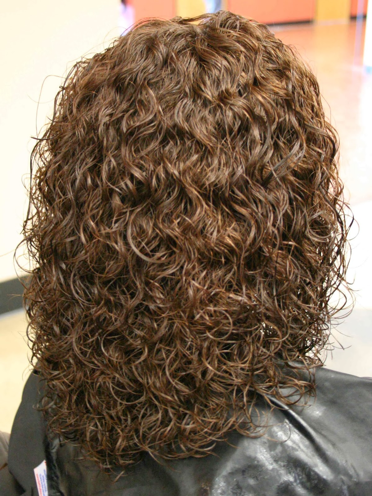 Yarı Kalıcı Saç Boyası Saçtan Nasıl Çıkar