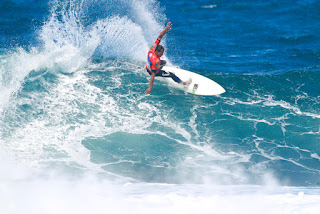 48 Messias Felix BRA Azores Airlines Pro foto WSL Laurent Masurel