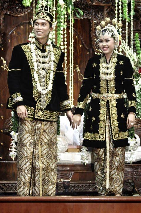 15.+pakaian adat Jawa Tengah pakaian tradisional Jawa Tengah baju adat Jawa Tengah
