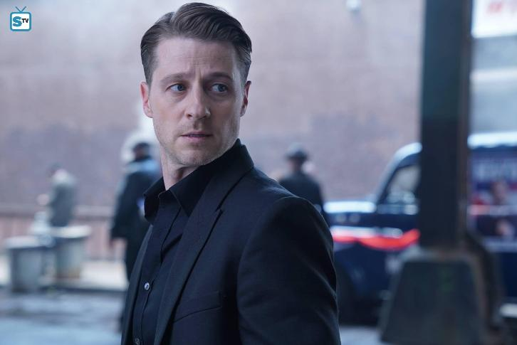 Gotham - Episode 3.04 - New Day Rising - Promo, Promotional Photos & Press Release