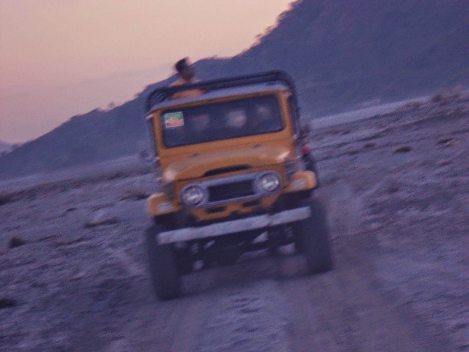4x4 ride to Mount Pinatubo crater lake