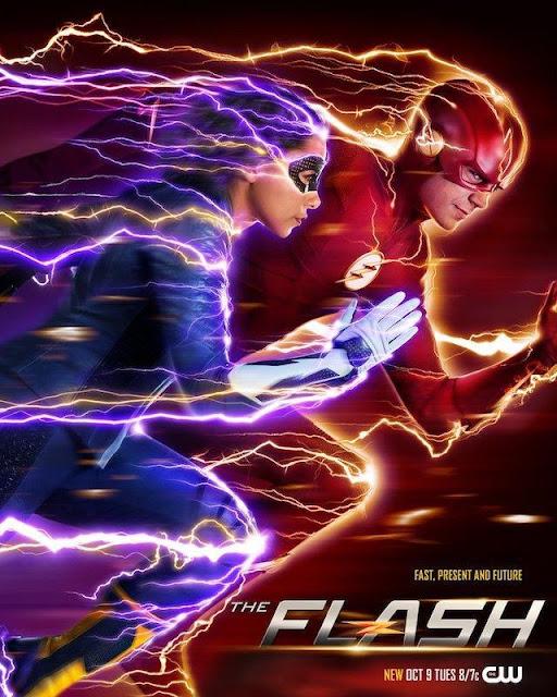 En ellos podemos ver a Barry Allen/The Flash (Grant Gustin) en compañía de Nora Allen/XS (Jessica Parker Kennedy), la hija de Barry e Iris que ha viajado al pasado.