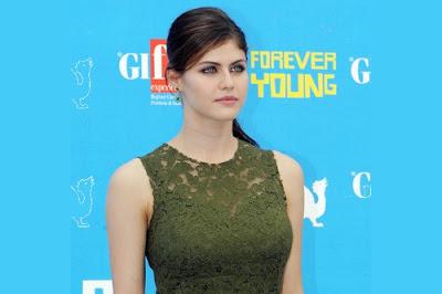 Top 5 beautiful actresses in 2019