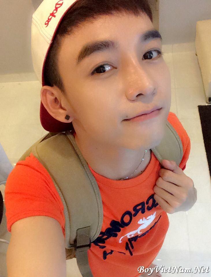 Hot boy Việt Nam : Nguyễn Hồng Nhân : Trắng trẻo dễ thương (Có fb)