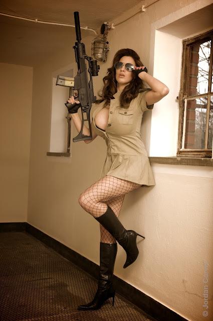 sexy-Jordan-Carver-sheriff-hot-wallpaper-3
