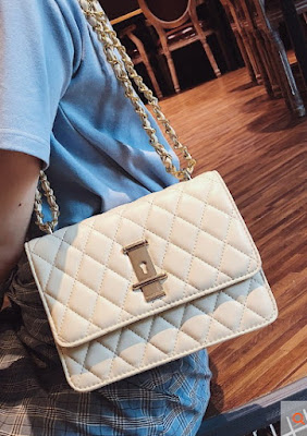 White Classy Flap Crossbody Quilted Bag Fashion Chain Bag