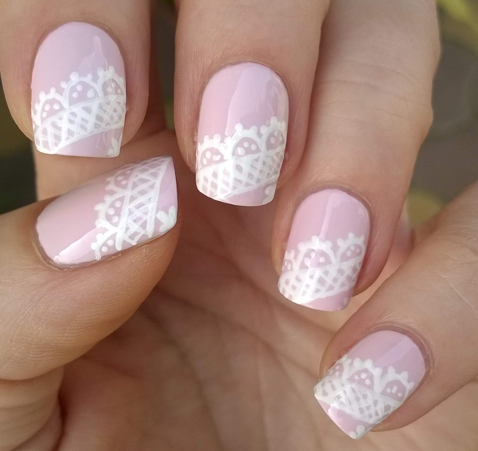 Life World Women: Lace Nail Art Tutorial / Lavender Pink & White