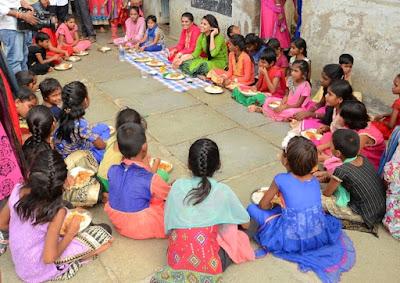 Yamini-bhaskar-birthday-celebrations6