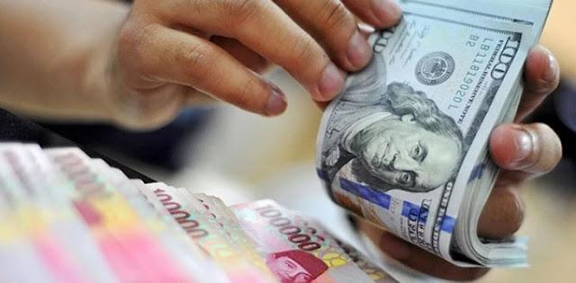 Rupiah Menuju 16.000 Per Dolar AS