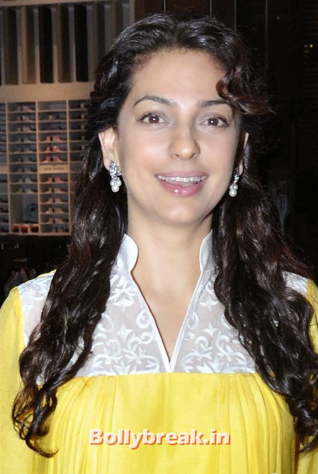 Juhi Chawla, Raveena Tandon, Nita Ambani at Nawaz Modi Solo Art Exhibition