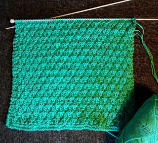 Knitted dish cloth made of cotton