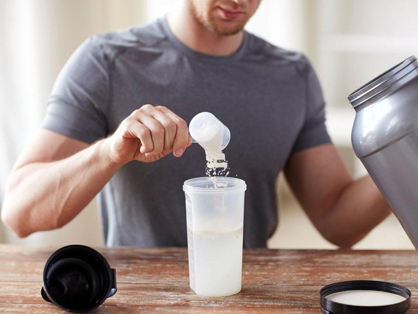 Preparo de whey protein - Foto: Reprodução