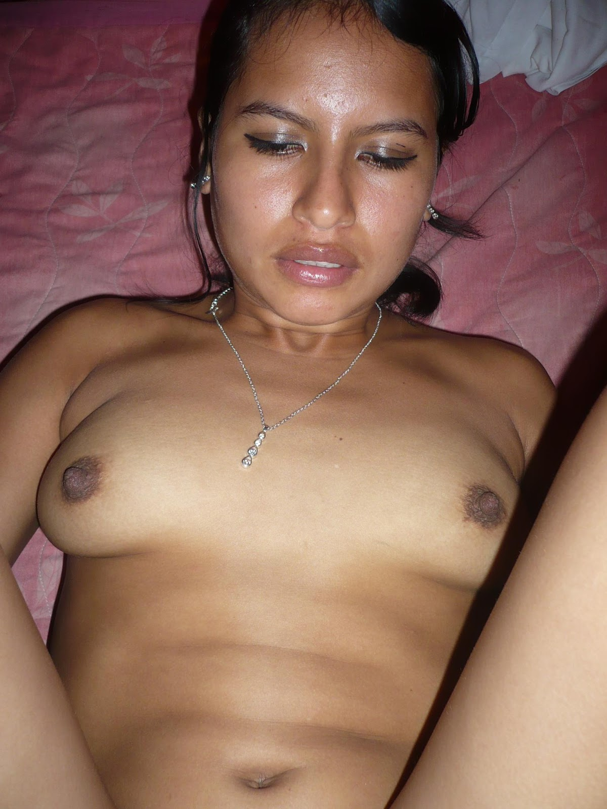 Amateur latin mexicana en el patio parte 04 - 2 10