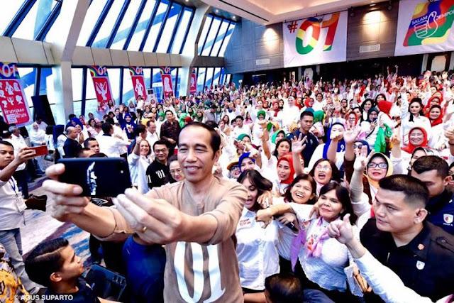 Ditanya Caleg soal Utang Luar Negeri, Ini Jawaban Jokowi