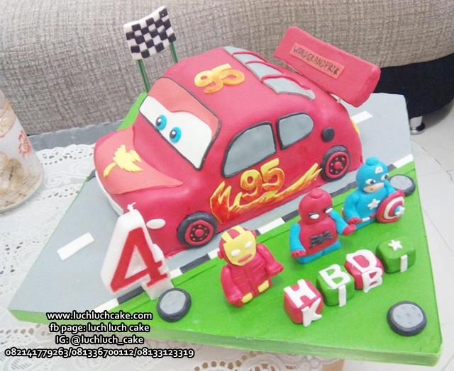 Kue Tart Cars  3d Bentuk Mobil