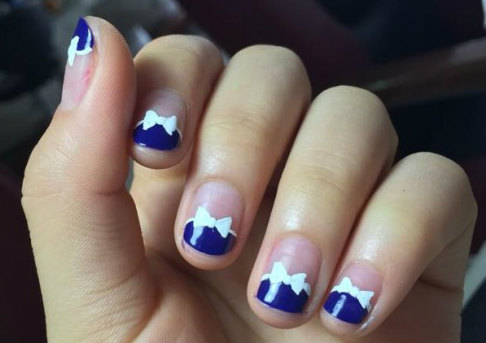Designs Art Nail Polish: Navy Blue Nail White Bow Nail Art Designs No 45