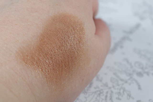 Bobbi Brown Brightening Blush in Warm Cocoa Swatch