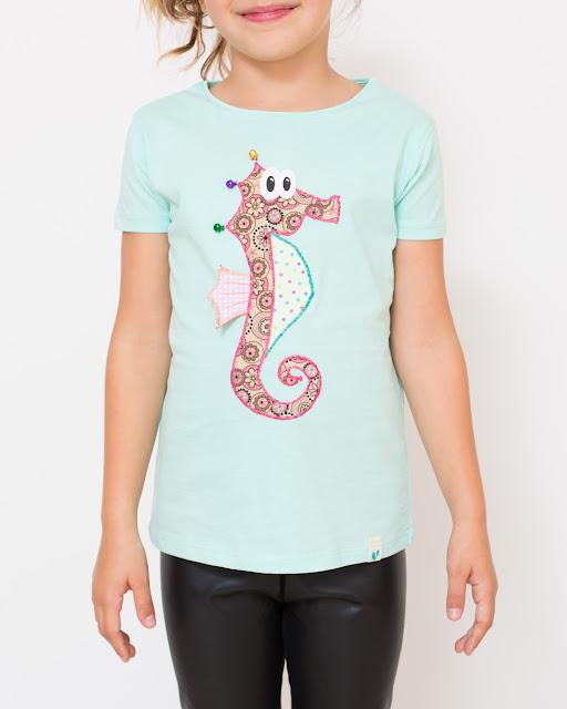 https://www.etsy.com/es/listing/273398096/camiseta-caballito-colgados-por-el-mar?ref=shop_home_active_1