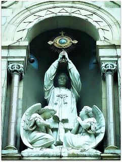 Medianeras - Basílica de Santísimo Sacramento, Buenos Aires