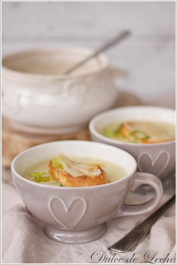 Krémová fazuľovo zelerová polievka