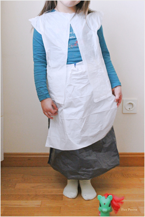 como-hacer-disfraz-pastora-bolsa-basura