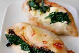 Keto Spinach Stuffed Chicken