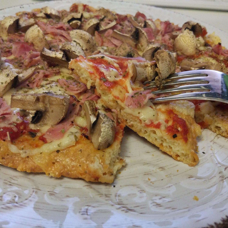 pizza på mandelmjöl