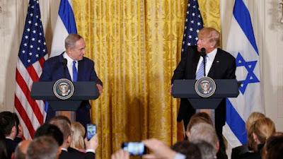 El presidente de los Estados Unidos, Donald Trump, recibió este miércoles en la Casa Blanca al primer ministro de Israel, Binyamin Netanyahu. Entre otros temas, los líderes discutieron sobre el conflicto con los palestinos, la amenaza iraní, los intercambios comerciales.