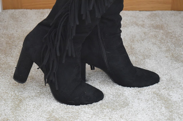 STYLE | Online Avenue Tassel Boots - Close Up Heel View