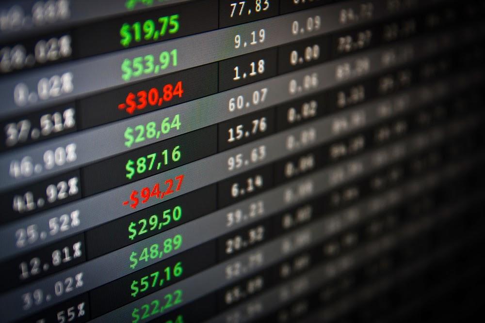 科技股當心!創投名人兩週拋7成臉書股票、庫克賣股