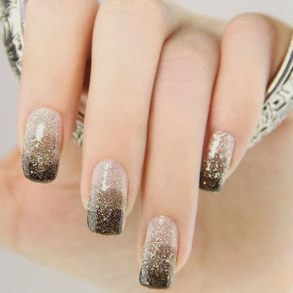 Nail Color Etiquette: Stylish Nails Art For Girls At New Year 2014