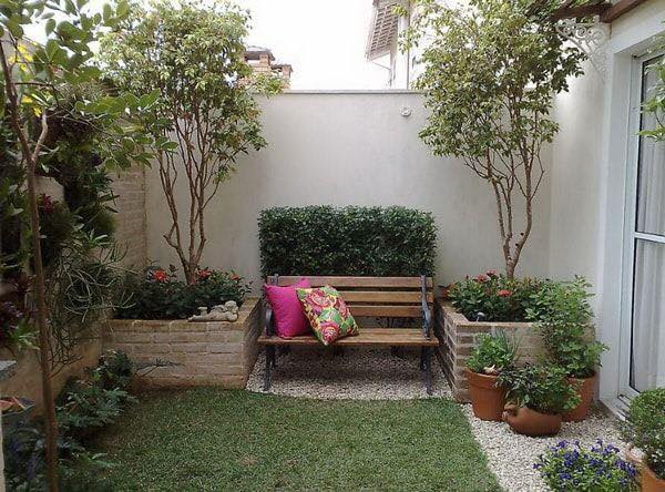 Excellent Ideas For Decorating Small Courtyards - Decor Units