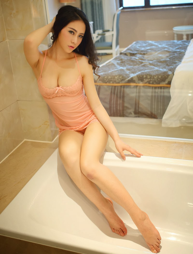 suit Hot bathing girls asian wet