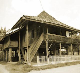 Keunikan Sejarah Rumah susila Tradisional Nuwo Sesat Daerah Lampung Tempat Wisata Keunikan Sejarah Rumah susila Tradisional Nuwo Sesat Daerah Lampung