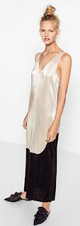 http://www.zara.com/pl/pl/kobieta/sukienki/b%C5%82yszcz%C4%85ca-sukienka-z-%C5%82%C4%85czonych-tkanin-c269185p3733158.html